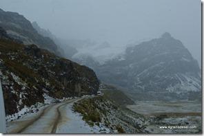 Route Huaraz - Après l'orage de grèle (11)