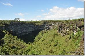Galapagos - Isla Santa Cruz - Los Gemelos (2)
