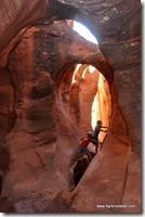 Usa - Utah - Peek a boo Slot Canyon (15)_thumb