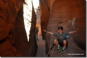 Usa - Utah - Peek a boo Slot Canyon (3)_thumb