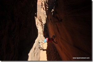 Usa - Utah - Peek a boo Slot Canyon (5)_thumb